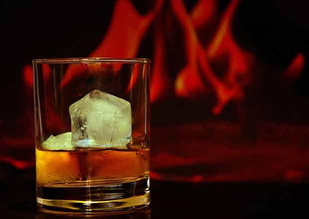Scritte choc sugli alcolici
