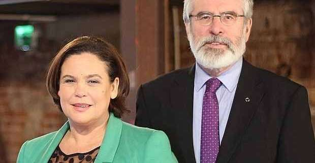 Mary LouMcDonald e Gerry Adams